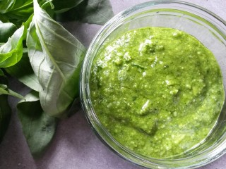 Making fresh, super-speedy, super-tasty pesto